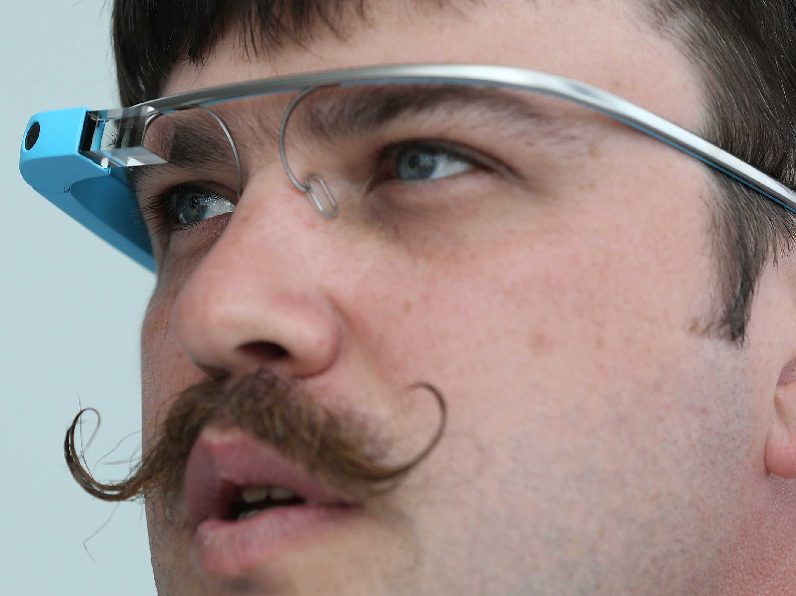 even-google-employees-are-giving-up-on-google-glass.jpg